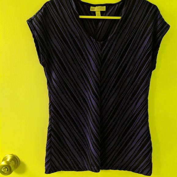 Dana Buchman Tops - Dana Buchman XS Shirt